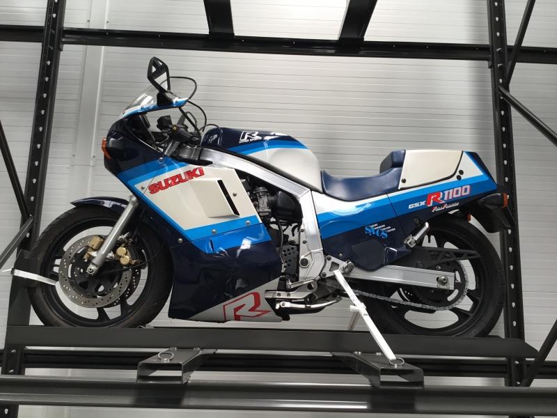 SUZUKI 1100 GSXR